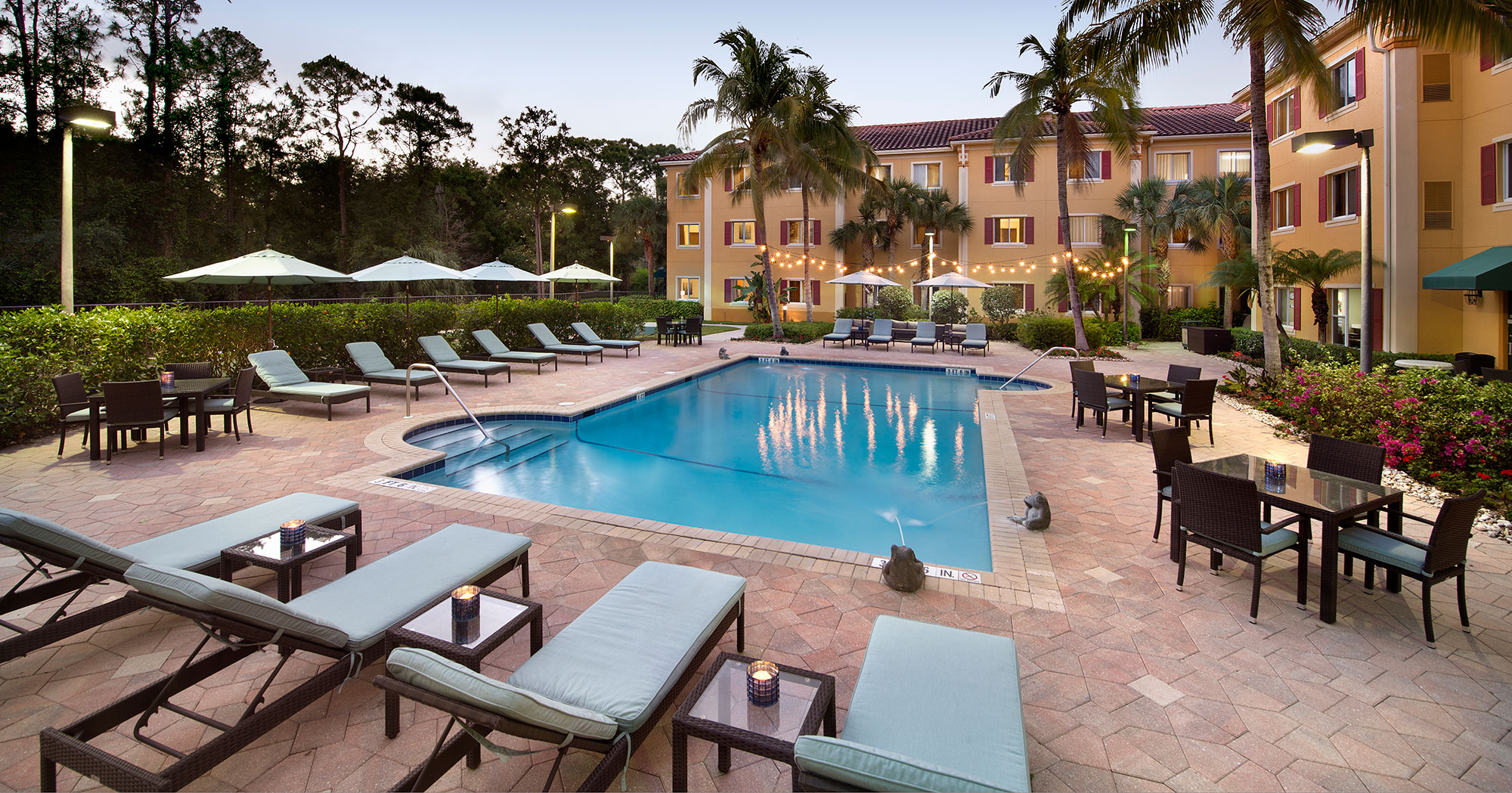 Home hawthorn suites by wyndham naples florida 34109 for Wyndham at home